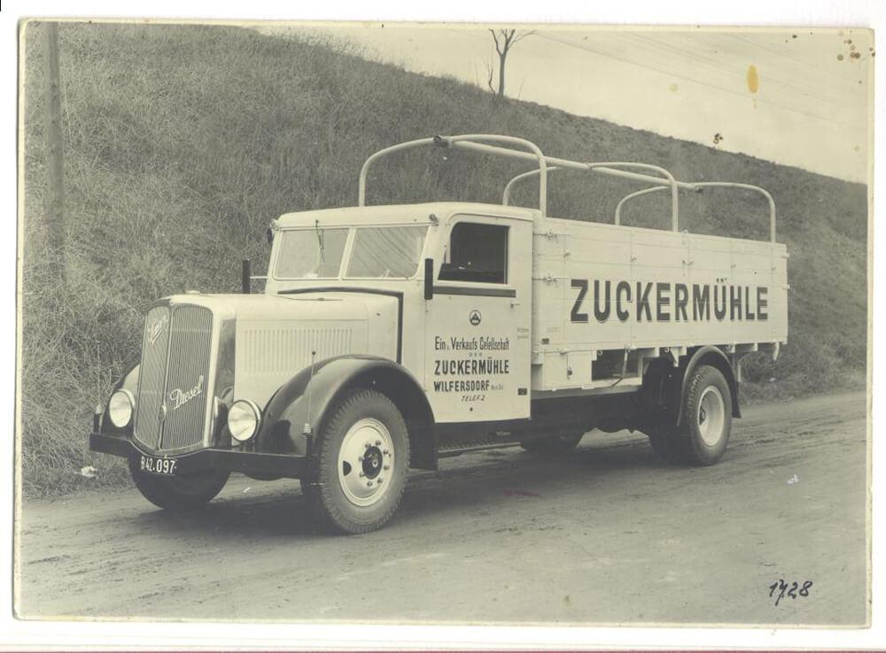 Alter Lastwagen